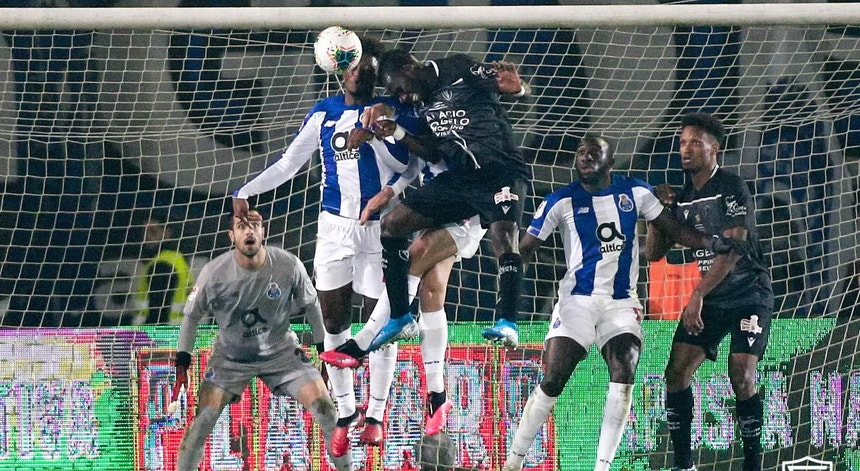 Académico de Viseu e FC Porto protagonizaram uma 1.ª mão muito aguerrida