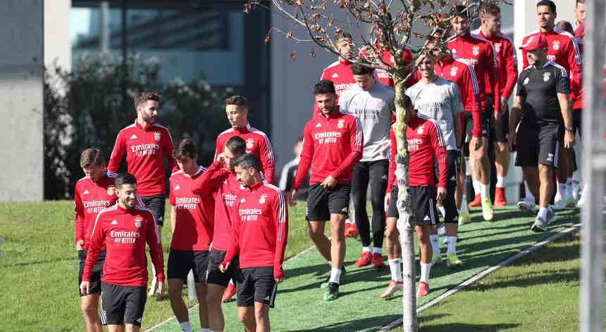 """""""Champions"""". Benfica recebe Bayern à procura de um resultado positivo"""