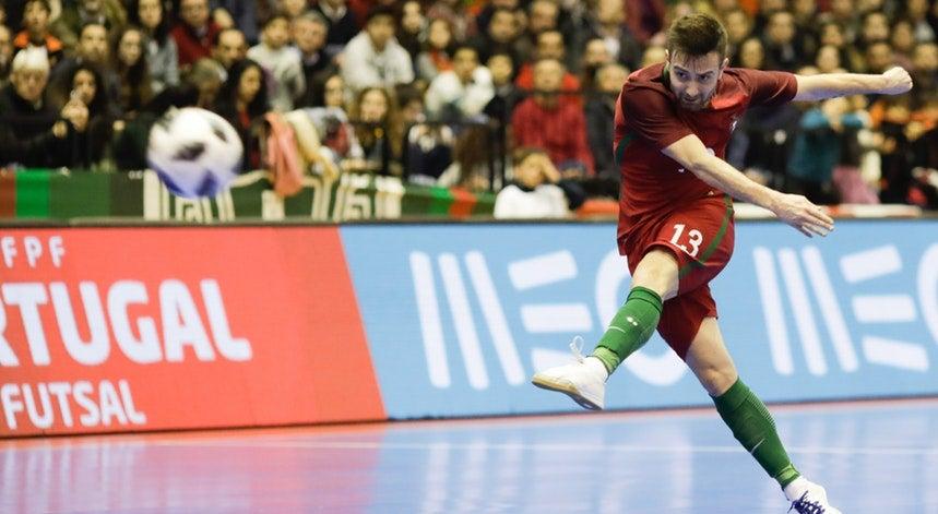 11af7a76e0 Os jogadores da seleção portuguesa de futsal viajam para a Eslovénia com a  expetativa de alcançarem uma medalha no Euro2018