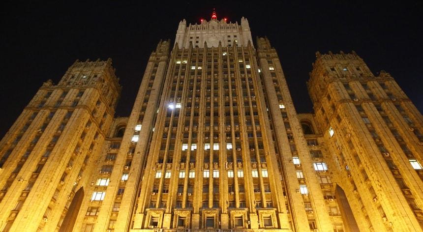 Fachada do Ministério russo dos Negócios Estrangeiros, em Moscovo
