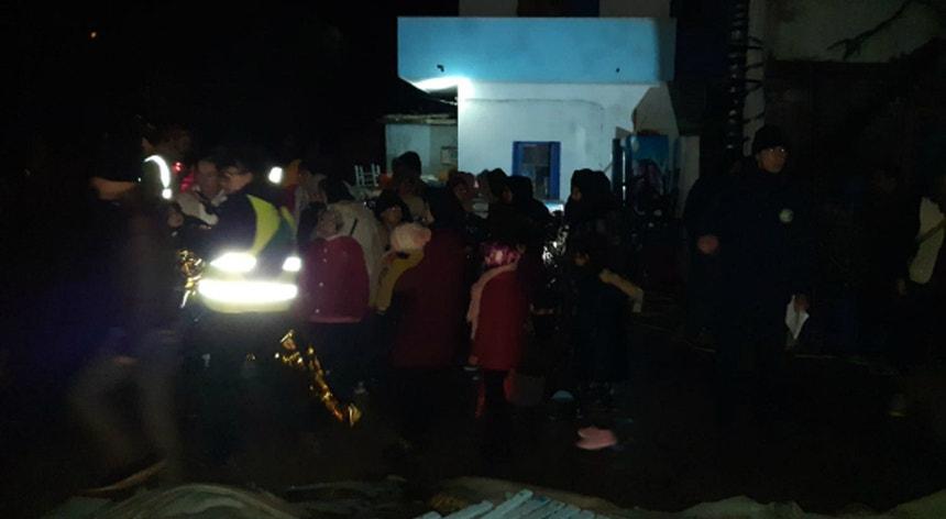Imagem do momento em que os migrantes são resgatados