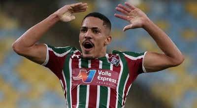 Brasileiro Gilberto aterrou em Lisboa