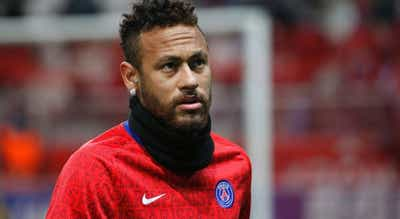 Neymar volta a falhar reencontro com FC Barcelona por lesão
