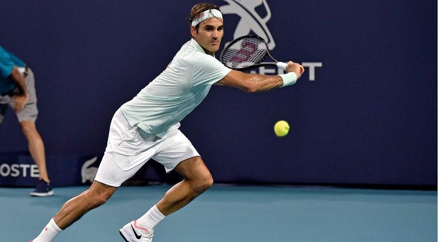 48039af6d68 Roger Federer junta-se a John Isner na final do Masters 1.000 de Miami