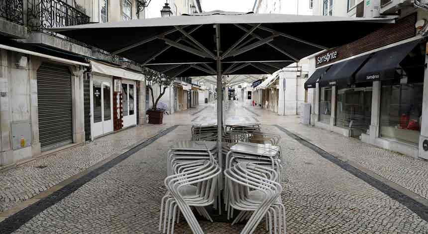 Associação de comerciantes da Baixa de Lisboa preocupada com eventual regresso de restrições