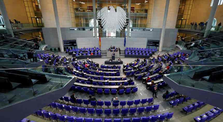 Caminho aberto para compra de dívida comum. Constitucional alemão dá luz verde
