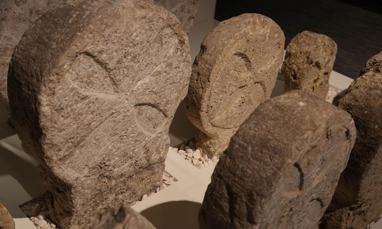 Cabeceira de sepultura. Séc XIV