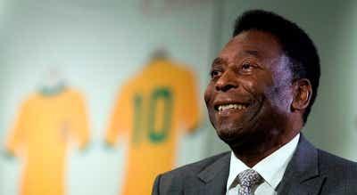 """Pelé diz que se sente """"cada dia melhor"""" após remover tumor no cólon"""