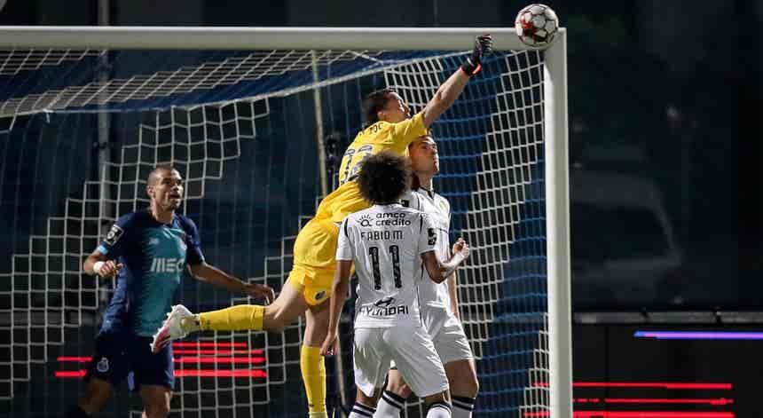 Famalicão - FC Porto, a Liga Portuguesa em direto