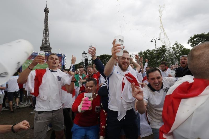 Philippe Wojazer - Reuters