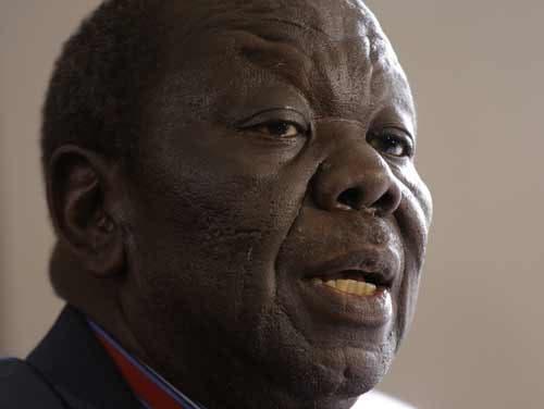Morgan Tsvangirai, líder do Movimento por uma Mudança Democrática, MDC, regressou ao Zimbabué a 16 de novembro Fonte: EPA