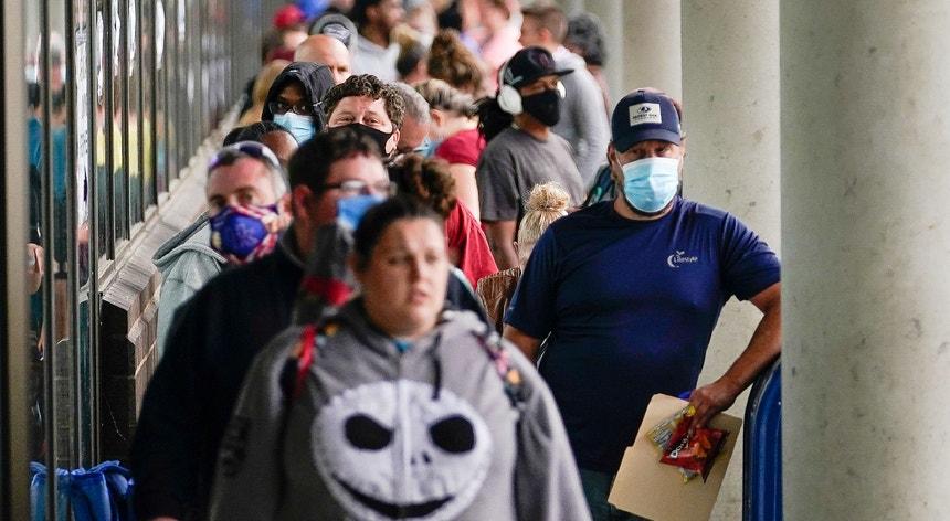 Esta semana, 963 mil pessoas nos EUA pediram o subsídio de desemprego.