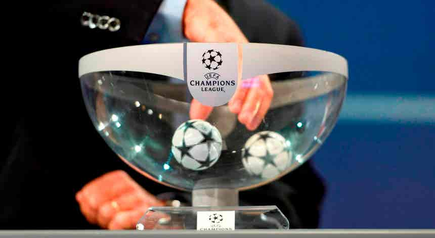 """Champions"". Benfica defronta PSV ou Midtjylland no ""play-off"" se ultrapassar Spartak"