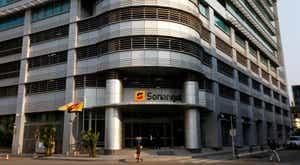 Governo de Angola abre a porta à privatização de parte da Sonangol