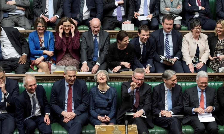 Theresa May reage durante o debate sobre a prorrogação do período de negociação de Brexit no Parlamento em Londres, Grã-Bretanha, 14 de março de 2019. Parlamento Britânico/Jessica Taylor/Handout via REUTERS