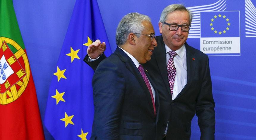 A Comissão Europeia insiste que Portugal precisa de mais medidas de austeridade.