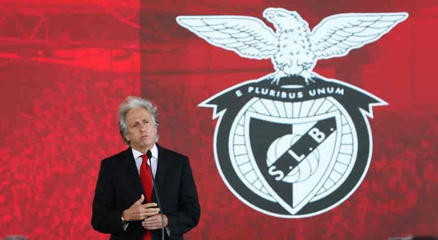 Jorge Jesus apresentado no Benfica