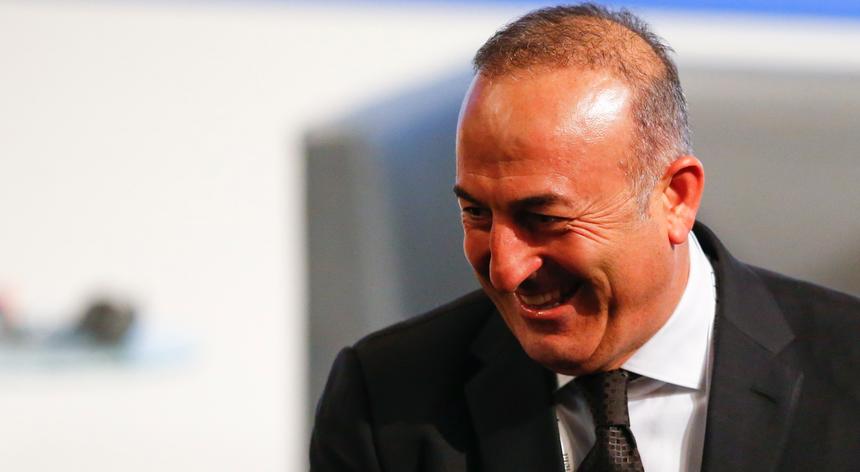 O ministro dos Negócios Estrangeiros da Turquia, Mevlet Cavusoglu