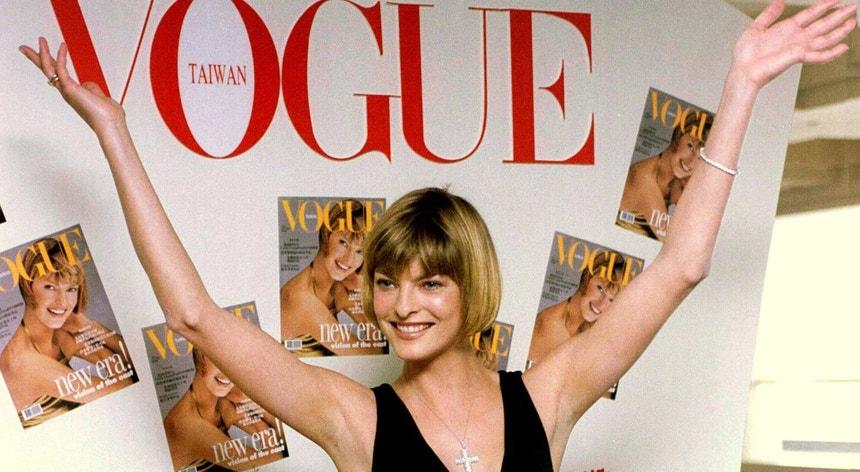 Cartaz publicitário da revista Vogue, em 1996