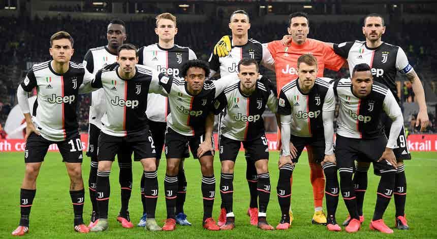 Covid-19: Juventus anuncia corte de salários global de 90 ME no plantel principal