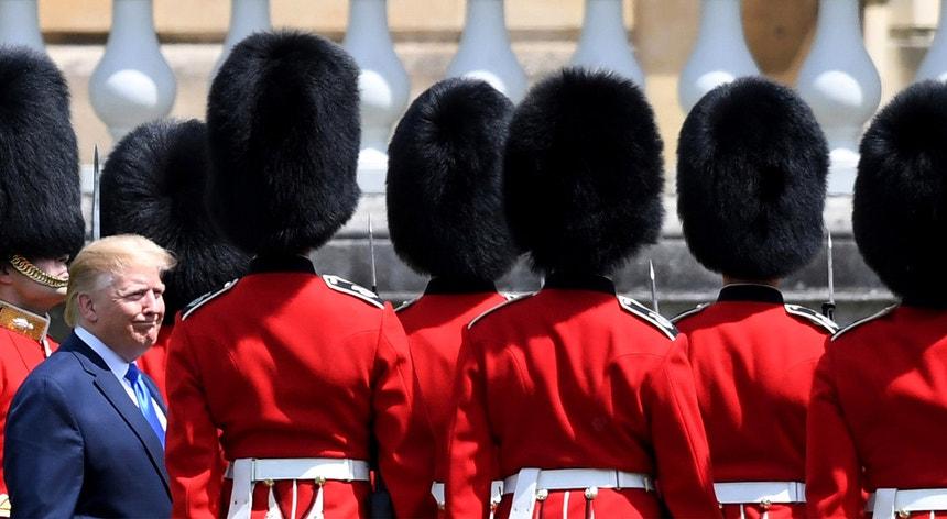 """Estão previstos vários protestos em diferentes cidades britânicas, incluindo uma """"demonstração nacional"""" em Trafalgar Square"""