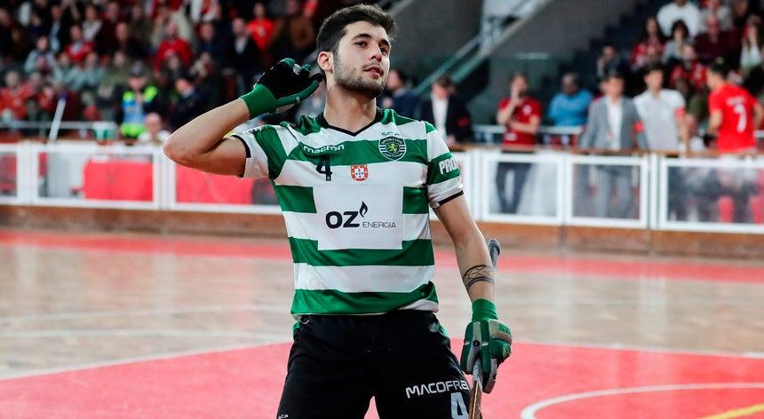 b7341adaad642 Sporting goleia Benfica e isola-se no terceiro lugar no Nacional de hóquei