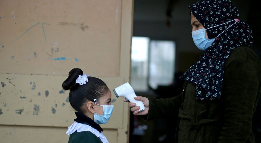 Os primeiros lotes de vacinas contra a Covid-19 apenas devem chegar à Cisjordânia e à Faixa de Gaza no início de março.