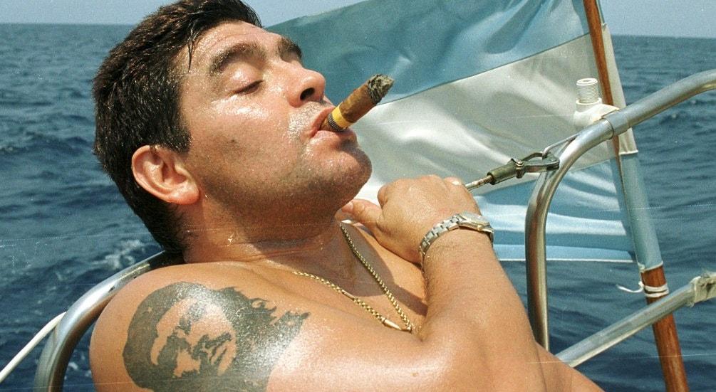 2000. Passeio em águas de Havanna   Reuters