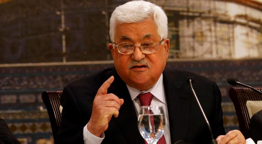 Mahmmoud Abbas segunda-feira, dia 30 de abril, perante o Parlamento da OLP