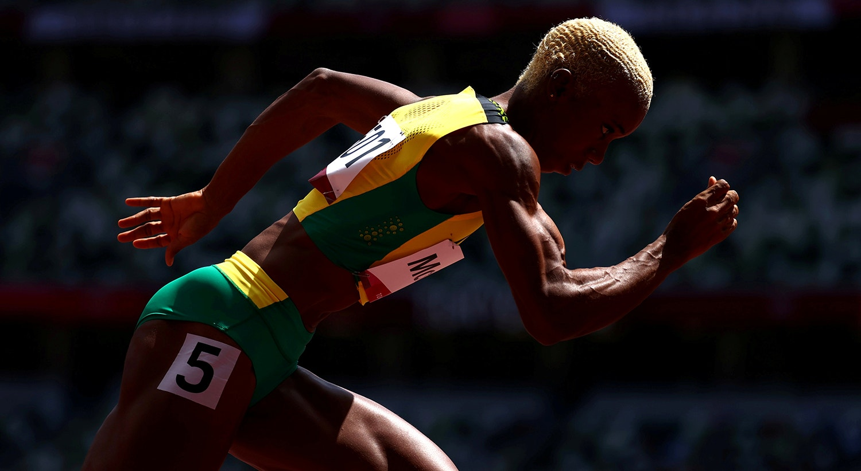 A jamaicana Candice McLeod na 1ª ronda dos 400m femininos.   Foto: Lucy Nicholson - Reuters