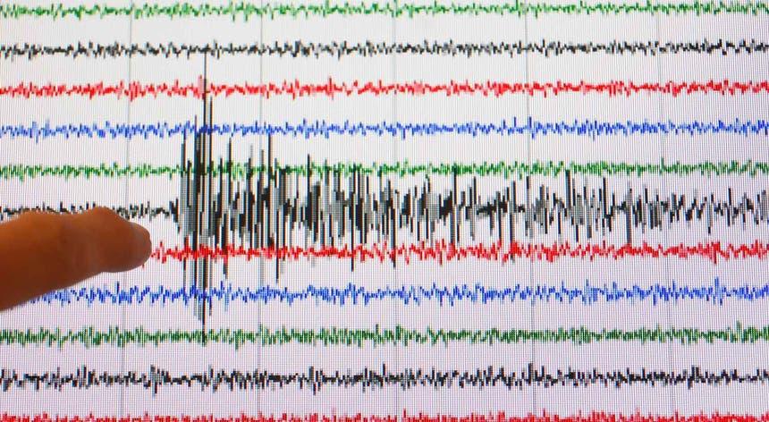Resultado de imagem para Sismo de magnitude 3,7 sentido nas ilhas do Faial e do Pico