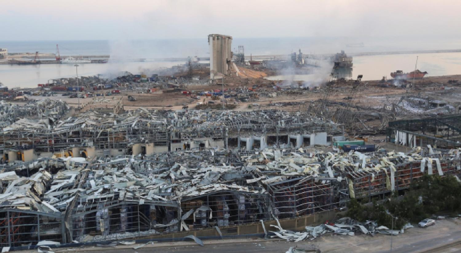 """""""Como um cenário de guerra"""". Líbano lida com a devastação das explosões"""