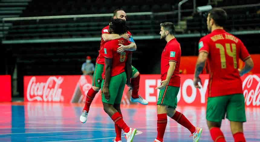 Mundial Futsal. Portugal defronta Sérvia em busca de um lugar nos `quartos`