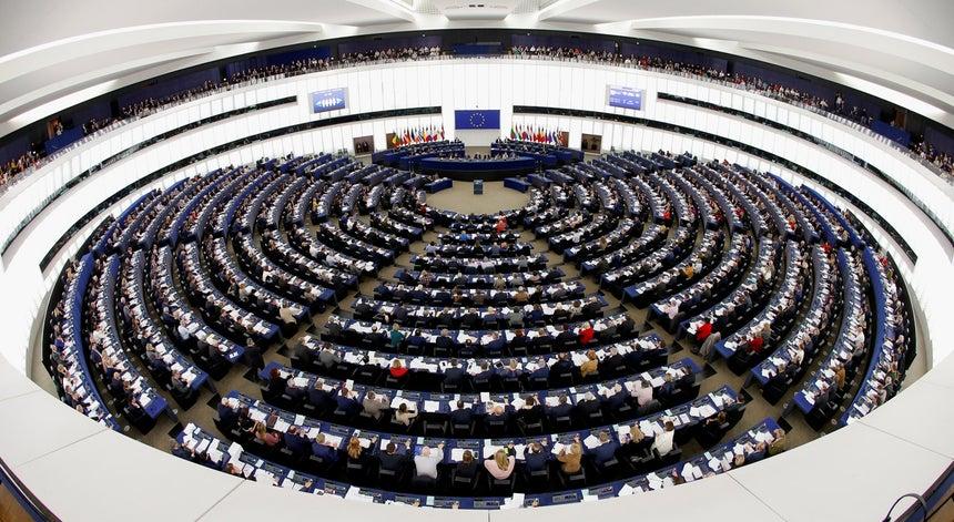 Quanto ganha um eurodeputado?