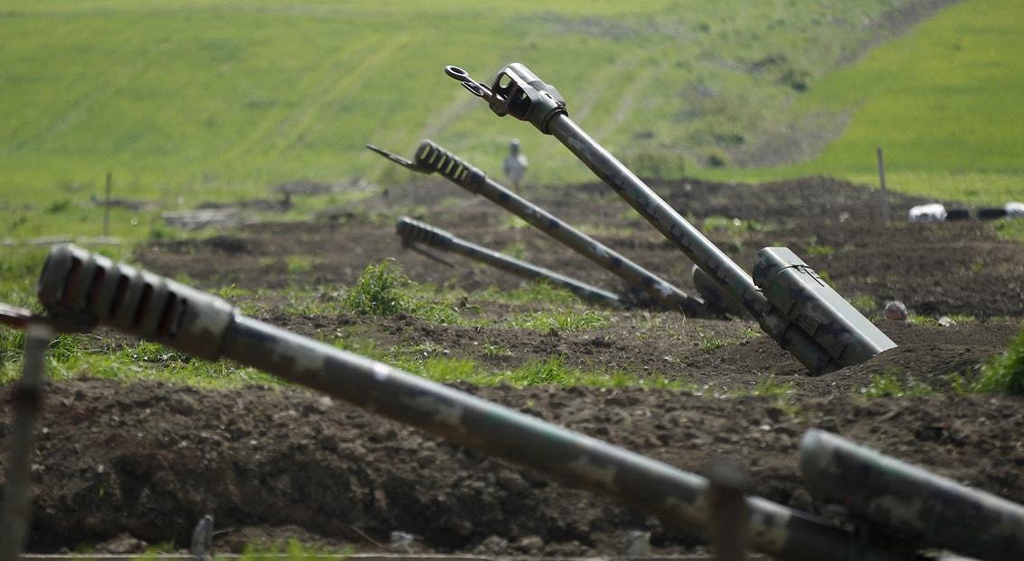 Artilharia arménia   Reuters