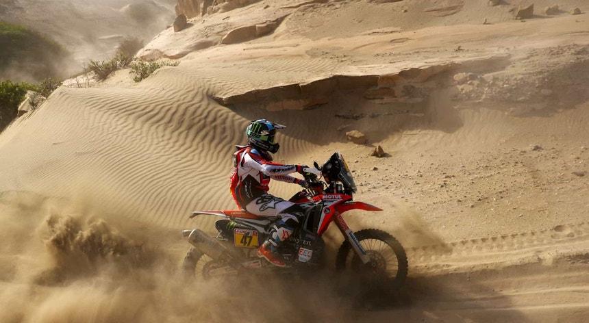 Kevin Benavides é o novo líder do Dakar nas motas