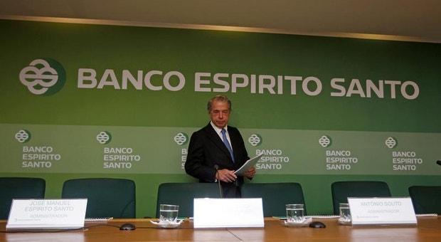 Em janeiro de 2004, Cavaco Silva foi convidado de um jantar em casa de Ricardo Salgado, onde o banqueiro terá pressionado o atual PR candidatar-se a Belém em 2006.