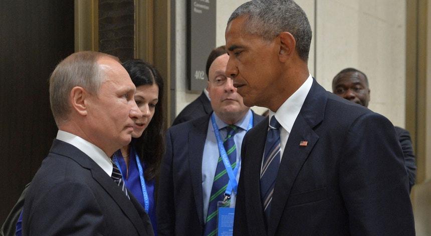 O frente a frente de Vladimir Putin  e Barack Obama a 5 de setembro de 2016 à margem da Cimeira do G20 em Hangzhou