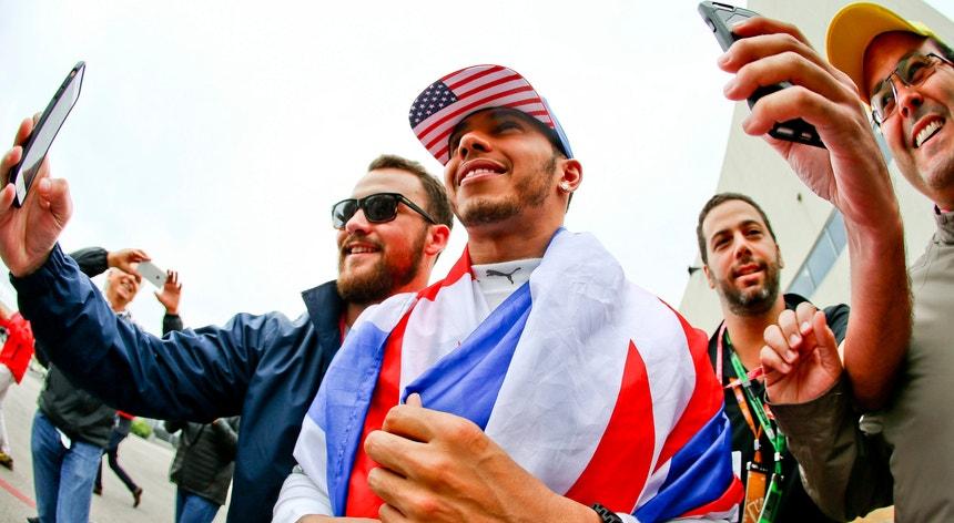 Lewis Hamilton foi reconhecido por 26 agências de notícias da Europa