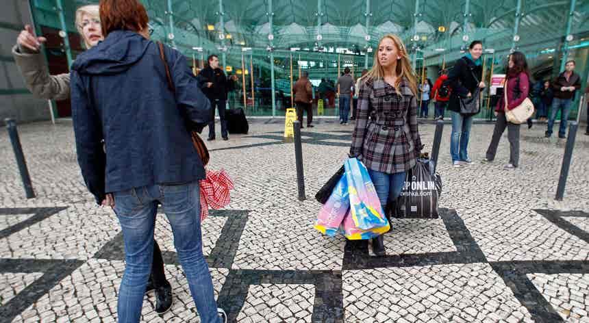 OCDE estima que economia portuguesa abrande ritmo de crescimento até 2021
