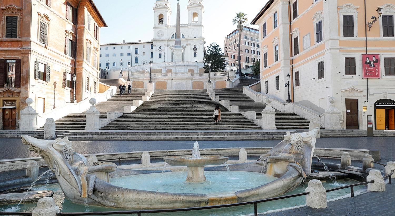 Escadarias da Praça de Espanha em Roma /Remo Casilli - Reuters
