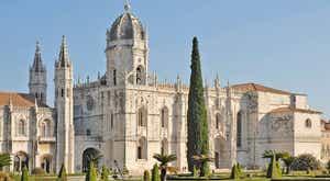 Última homenagem a Eduardo Lourenço decorre nos Jerónimos