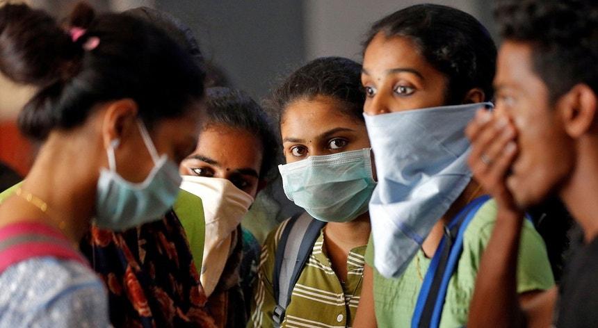 A pandemia parece estar a baixar na Índia