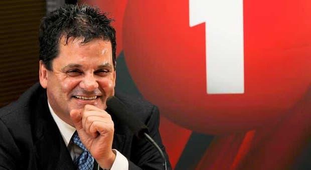 Rui Alves volta à liderança do Nacional