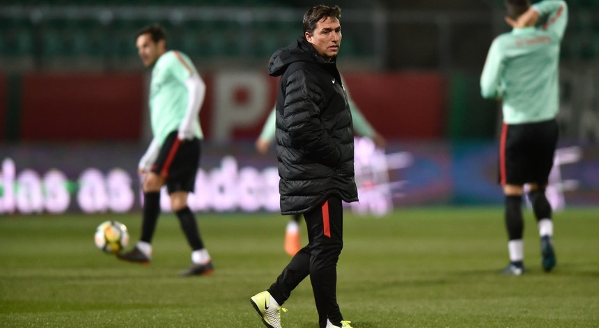 A seleção sub-21 já ensaia a estratégia para o jogo com a Itália