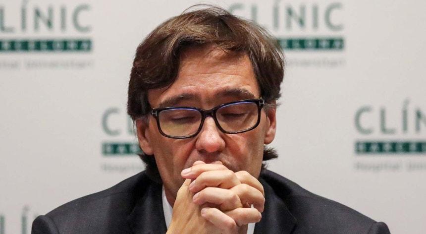 Imagem de arquivo do ministro espanhol da Saúde Salvador Illa