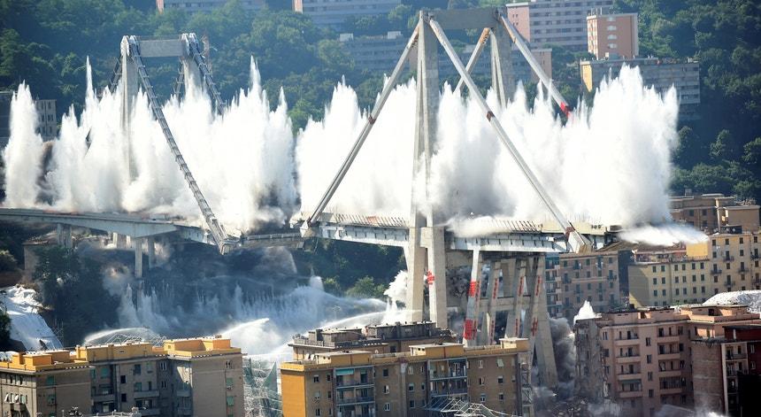Em fevereiro deste ano começou a ser demolida a estrutura que ficou de pé após o acidente, em agosto de 2018.