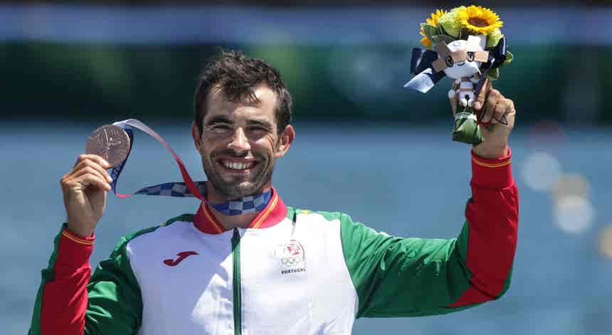 Fernando Pimenta conquista medalha de bronze em K1 1.000