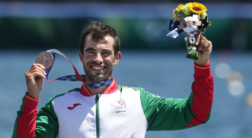 Fernando Pimenta conquistou o bronze para Portugal numa final dominada pelo húngaros