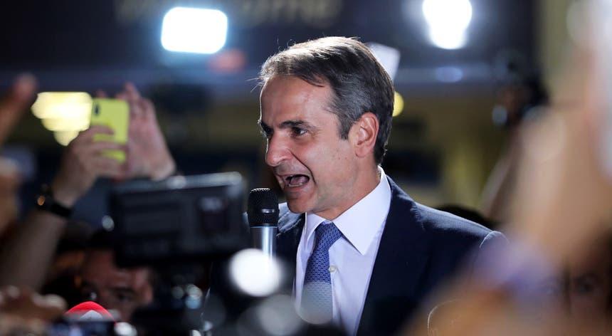 """""""Estou dedicado a baixar os impostos, aumentar os investimentos"""", garantiu o primeiro-ministro eleito"""